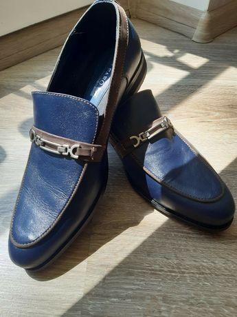 Мужские кожаные туфли синие