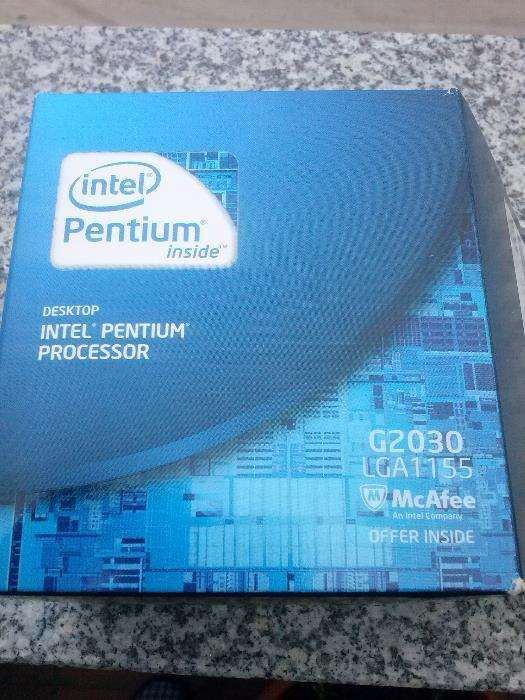 Vendo Processador Intel Pentium com novo Tábua - imagem 1