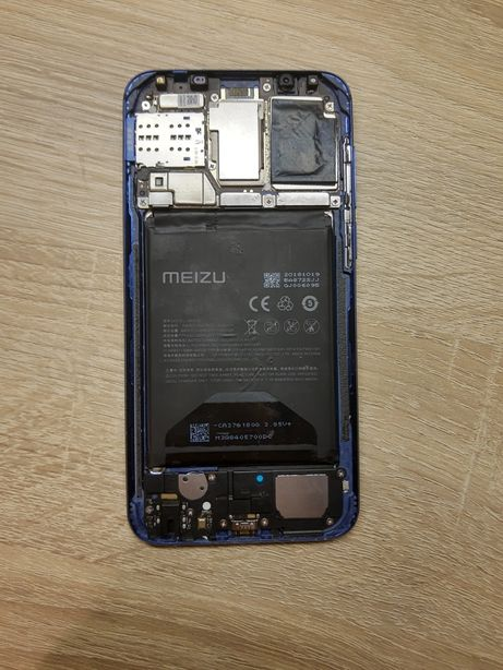 Срочно продам на запчасти Meizu 16(16x)