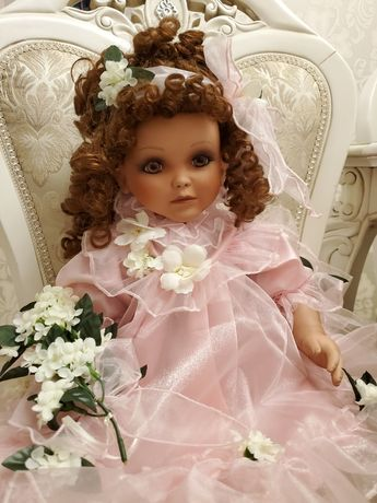 Фарфоровая коллекционная кукла от Русти  Lindsey