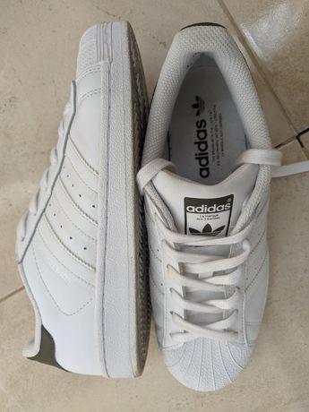 adidas Superstar, оригінал,40, білого кольору