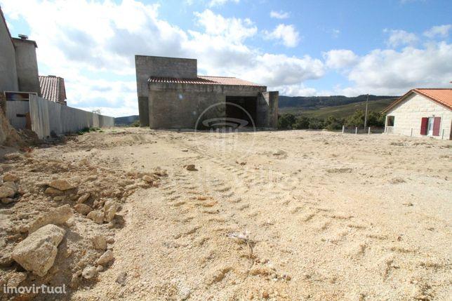 Moradia T3 Vistas para a Barragem