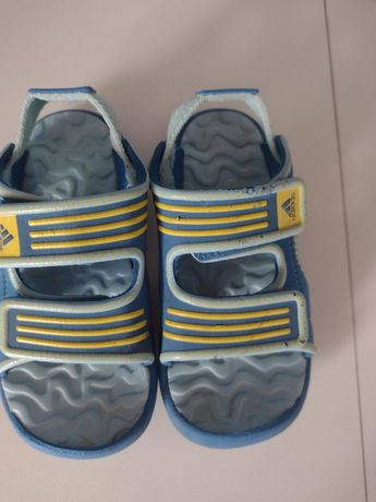 Sandałki adidas roz.28