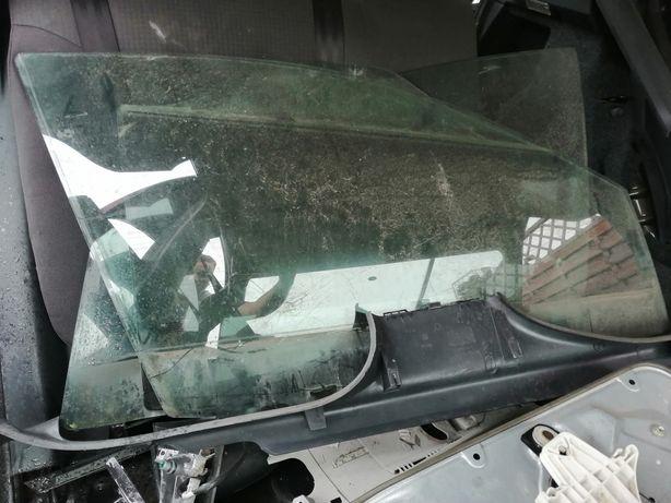 Szyba tył lewa Seat Ibiza III lift