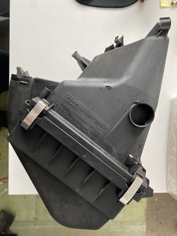 obudowa filtra powietrza audi a6c5 06c133837n