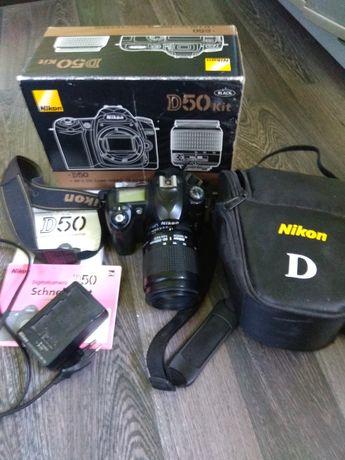 цена снижена!Цифровой фотоаппарат Nikon D50 с объективом