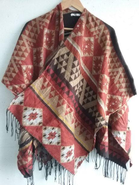 szal ponczo narzutka sweter azteckie wzory boho