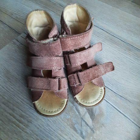 buty kapcie Mrugała porto orthopedic 24 26