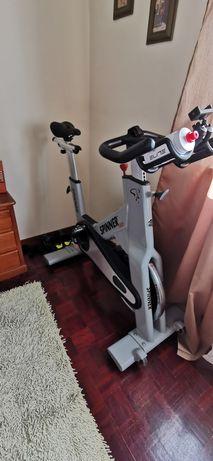 Bicicleta spinning STAR TRAC profissional