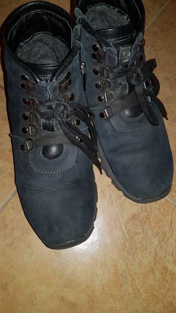 Взуття зимове
