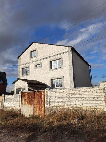 Продам добротный дом в пгт Коротыч