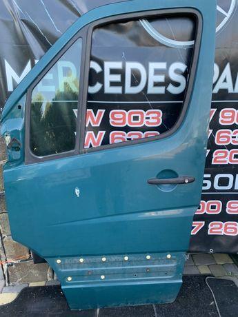 Двери дверка передня спринтер 906 дельфин замок стеклоподйомник