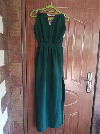Zjawiskowa sukienka maxi w kolorze butelkowej zieleni