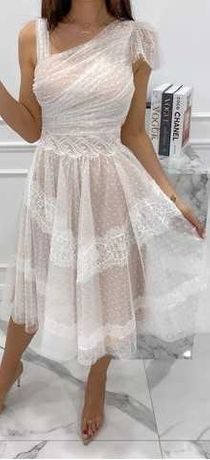 Sukienka koronka tiul