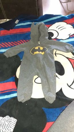 Kombinezon , pajacyk Batman smyk 56