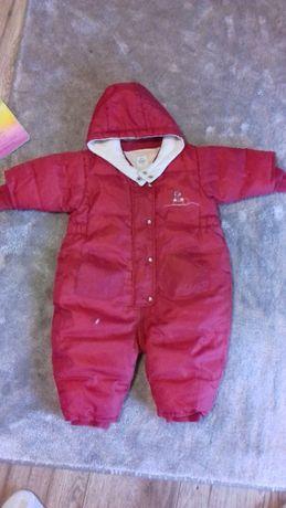 Kombinezon H&M rozmiar 68 cm, czerwony