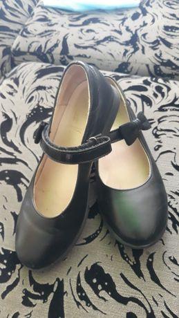 Туфли кожанные размер 32