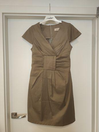 Elegancka beżowa sukienka M/L