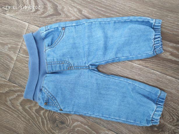 Джинсовые штанишки для маленького модника
