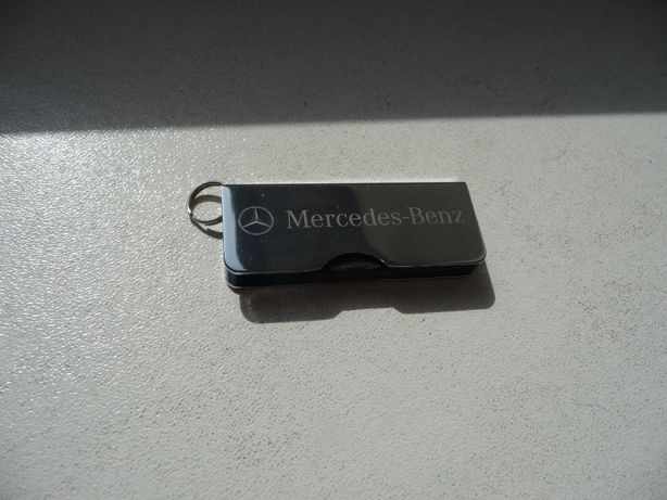 Pamięć pendrive USB Mercedes Benz 8 GB nowy