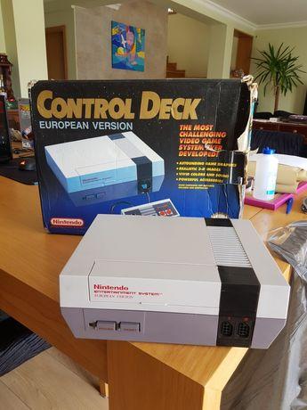 Nintendo NES control deck em caixa