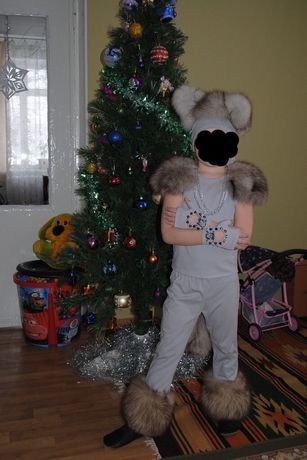 Продам костюм волк,принц и снежок,собачка