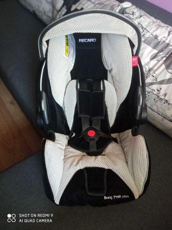 Fotelik samochodowy Recaro Young Profi Plus 0-13 kg nosidełko