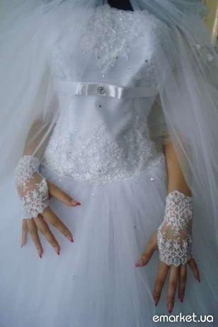 Продам новое, шикарное свадебное платье.