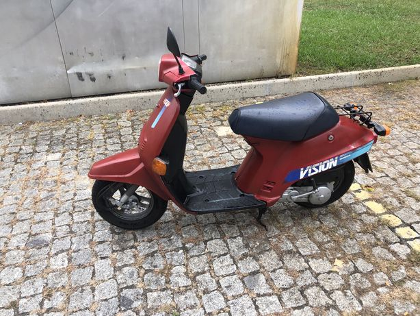 Honda Vision 50 scooter