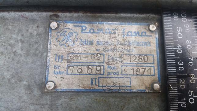 Stara skrzynka na narzędzia. PRL. 1971 rok. Retro. Loft.