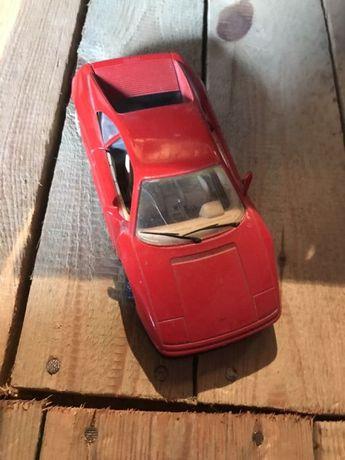 Auto kolekcjonerskie FERRARI