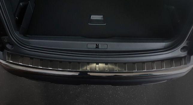 Toyota Avensis III Komb listwa nakładka na zderzak