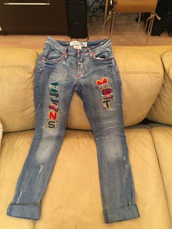 Продам крутые итальянские джинсы на девочку-подростка