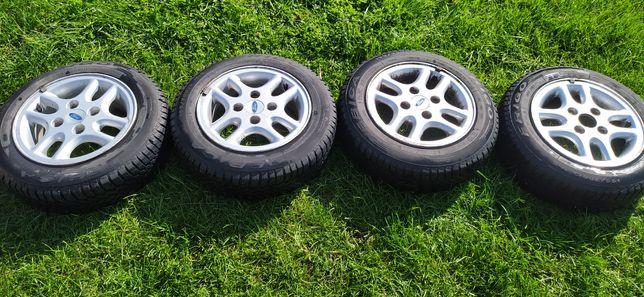 Felgi aluminiowe z oponami zimowymi 4x108 R13/155/70 Ford