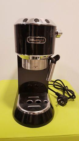 Ekspres do kawy DeLonghi EC680 BK