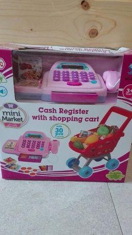 Kasa sklepowa i wózek