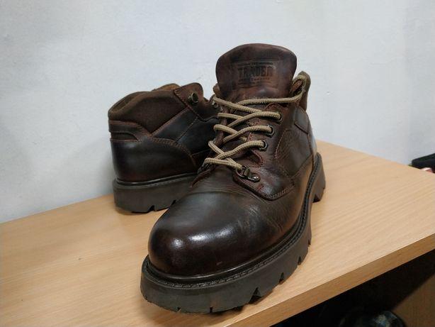 Ботинки 42-41 р/26,5см, как CAT, Timberland, кожанные берцы Trader