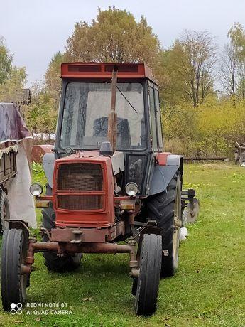Трактор ЮМЗ 8071 + плуг