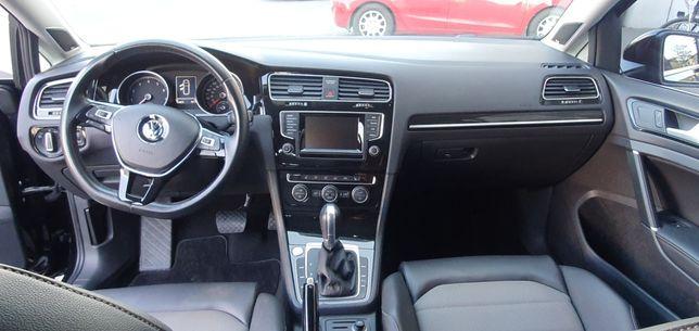 Volkswagen Golf 7 2015год Sportwagen 173 л.с. Variant 1,8 TSI