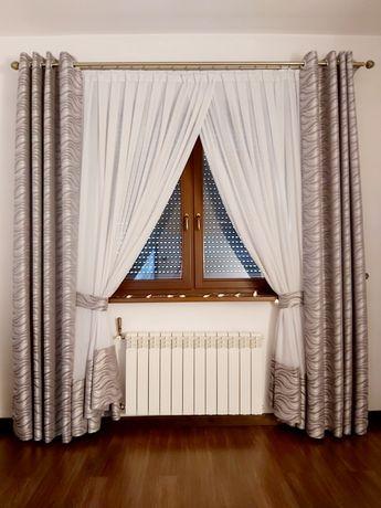 Dekoracja okna zestaw firana i zasłony na przelotkach
