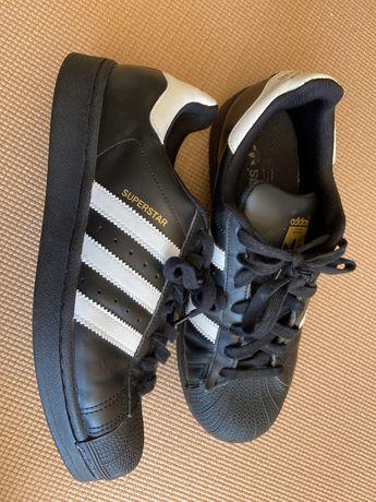 Sapatilhas Adidas Superstar pretas tam. 37