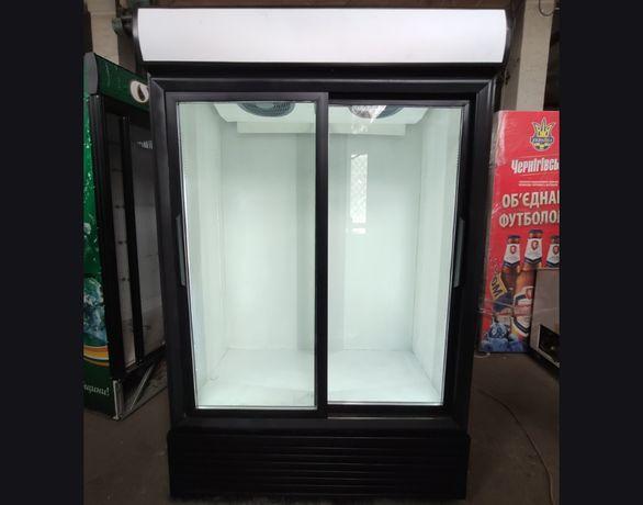 Холодильные Шкафы двухдверные витринные, цвет разный Хорошее БУ!