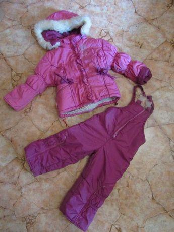 Комбинезон зимний,на очине на девочку 98-104 р. фирма -baby's wear