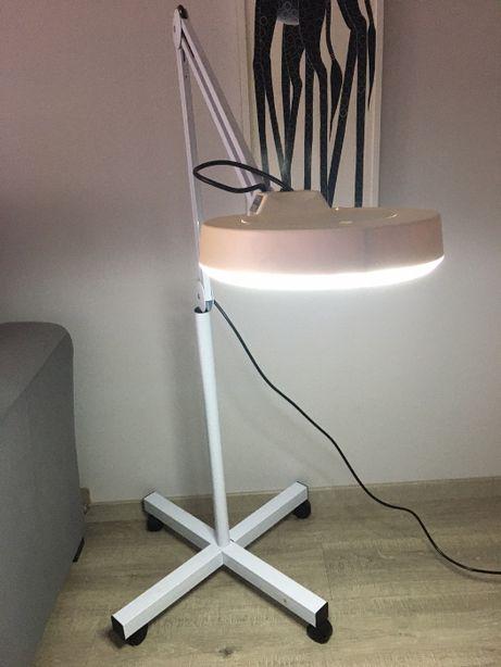 Lampa Kosmetyczna Stojąca biała wraz z LUPĄ
