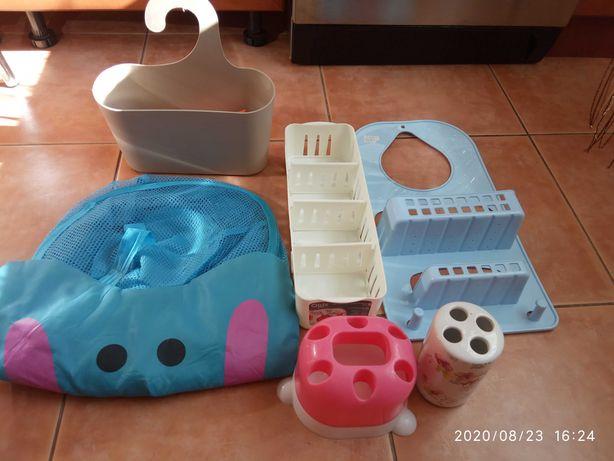 Подставка для щёток, для приправ, корзина для игрушек,полка для ванной