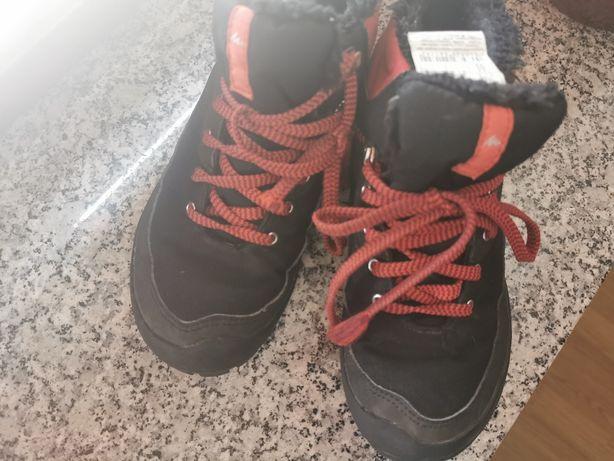 Buty zimowe rozm. 34 dla chłopca, używane, wodoodporne