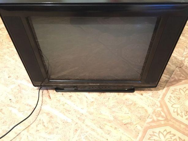 Продам телевізор Bravis в дуже хорошому стані