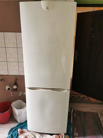 Oddam lodówkę - duża sprawna