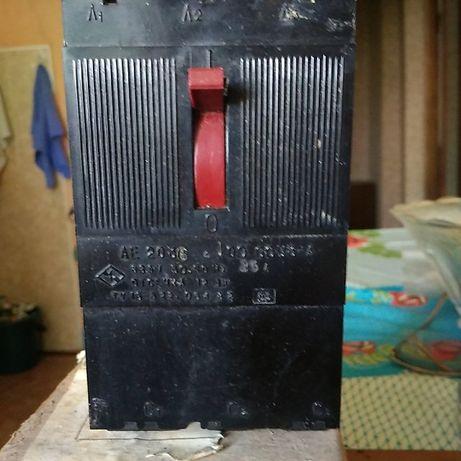 Выключатель автомат тёхфазный 660v 25A
