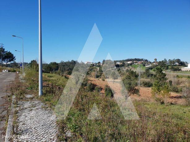 Lote de terreno para construção para Moradia isolada, Bat...
